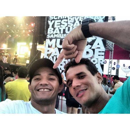 Mais meu parceiro Rafael  , Samba Recife show de bola !