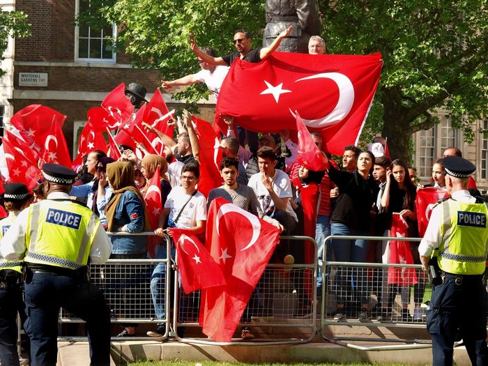 Pro Erdogan protest. Whitehall. London 15/05/2018 Turkish president Erdigan visiting london, protest outside of Downing Street. Erdogan Turkish Protest Stevesevilempire Protest Turkey Protesters Zuiko Whitehall London News Steve Merrick Erdogan Protest Olympus London Metropolitan Police Red Group Of People Crowd Real People Architecture Large Group Of People Men