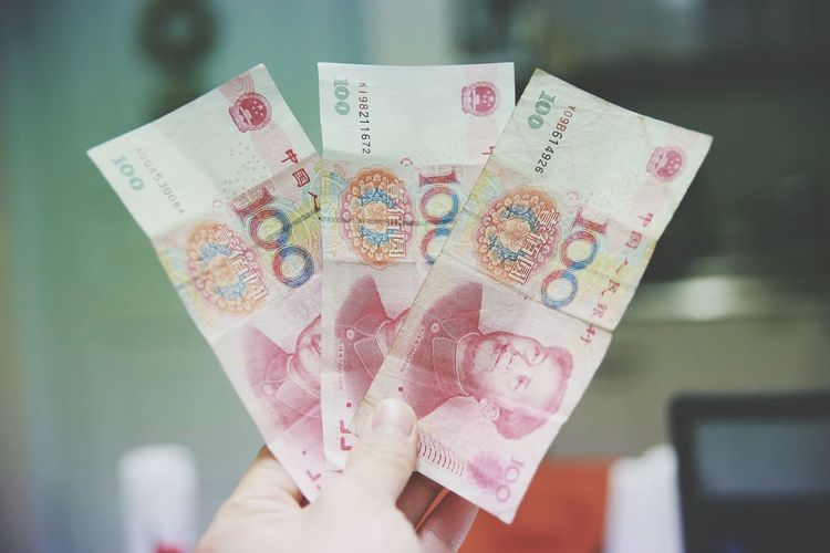 I've got pocket money from my Girlfriend for travelling to China. lol How nice she is 😅😅 Pocket Money Chinese Money Travelling Nice Gift Taking Photos From My Point Of View