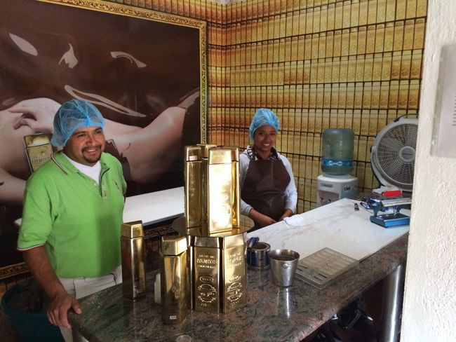 Tequilera Corralejo making a liquor from Tequila & Chocolate 😋