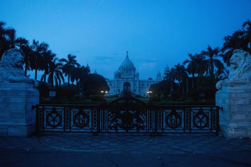 Dawn Victoria Memorial Dawn Of A New Day Victoria Memorial Kolkata Architecture City Life Morning Light Kolkatadiaries KolkataStreets Kolkatatraveller Architecture_collection Architecture Built Structure Tree Building Exterior Sky Dome No People Illuminated Travel Destinations Outdoors Horizontal Night First Eyeem Photo