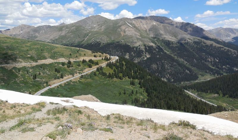 On top of the 🌎 Independence Pass Colorado Beauty In Nature Mountain Scenics - Nature Plant Tree Tranquil Scene Tranquility Environment Landscape Nature Day Land Growth Idyllic Snow Sky No People Non-urban Scene Cloud - Sky Mountain Range