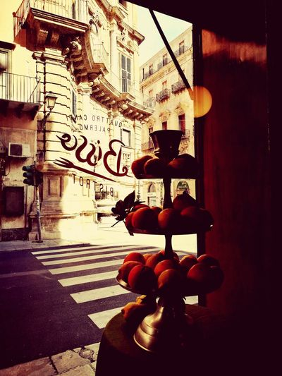 4 canti Quattro Canti Palermo❤️ Palermo Sicily EyeEmNewHere Bistrot Bisso Bistrot Sicilia Sicily, Italy Text Communication Day Building Exterior Transportation Outdoors No People Close-up Built Structure Road Sign City Architecture Food Stories