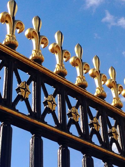 Sky Low Angle View Day No People Blue Outdoors Close-up Railings Buckingham Palace Golden Royal Fleur De Lys History