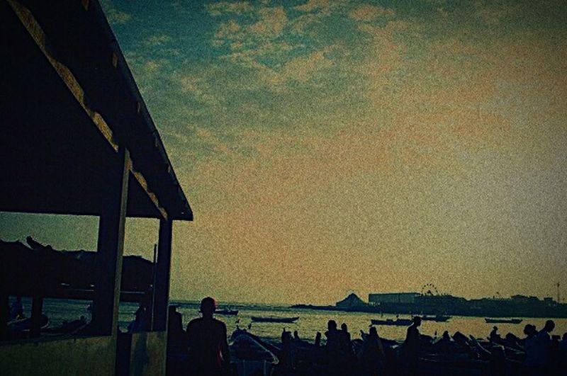 Hello World Fish Market Travelling Sunset Silhouettes