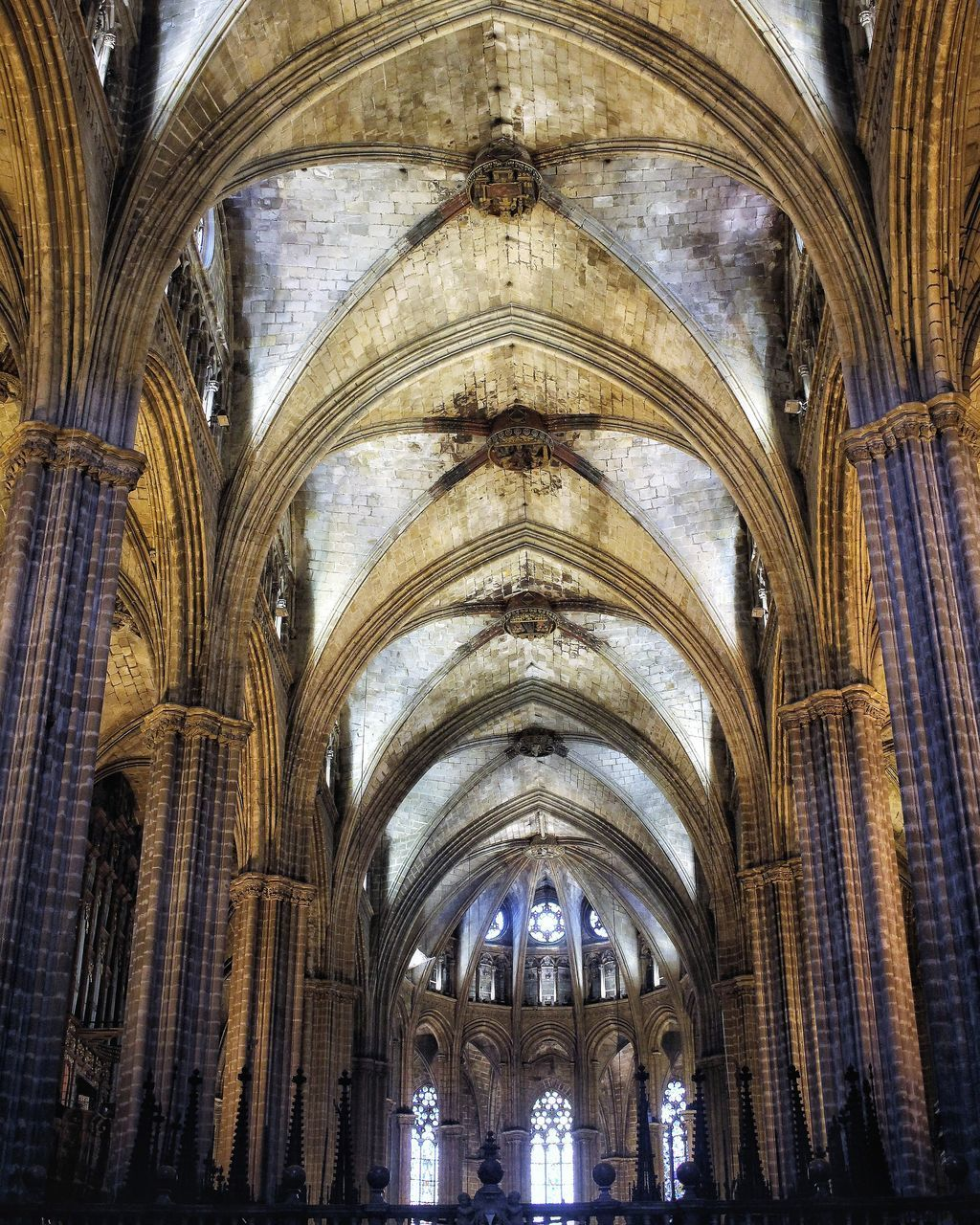 arch, architecture, indoors, place of worship, built structure, religion, travel destinations, spirituality, history, day, no people