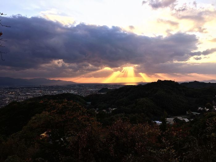 Angels ladders Angels Ladder 風景 天使の梯子 Cloud - Sky Sky Beauty In Nature Scenics - Nature Sunset Tranquil Scene Tranquility