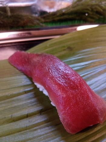 そしてマグロの握り。 マクロ 握り 寿司 EyeEm Best Shots EyeEm EyeEm Gallery Japaneasefood Red Close-up