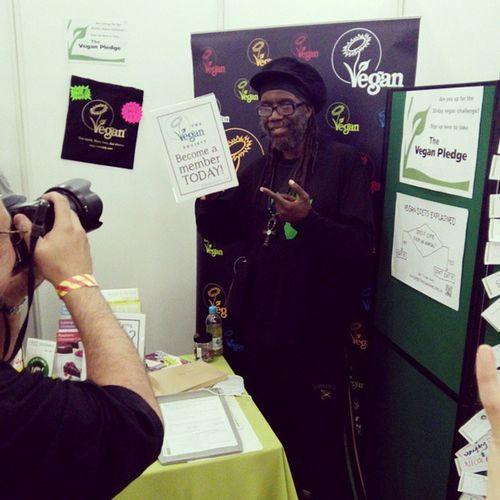 #vegfestlondon #MackaB #vegan #reggae http://youtu.be/FLqjLn0W5K0 Vegan Reggae Vegfestlondon Mackab