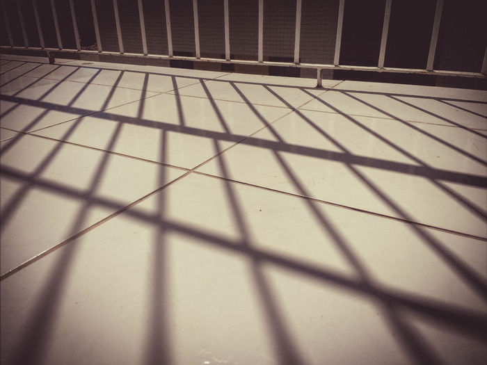 Day EyeEm Best Shots EyeEm Gallery EyeEmNewHere Light And Shadow Playing With Shadows Playing With The Light Sunlight The Beauty Of Simplicity Warm Morning TCPM Break The Mold Art Is Everywhere Cut And Paste The Architect - 2017 EyeEm Awards BYOPaper! Out Of The Box The Street Photographer - 2017 EyeEm Awards Let's Go. Together. EyeEm Selects Sommergefühle Breathing Space The Week On EyeEm EyeEm Ready   Colour Your Horizn