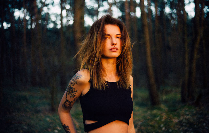 35mm VSCO Beautiful Woman Beauty Contemplation Focus On Foreground Forest Front View Hair Hairstyle Land Leica Leisure Activity Lifestyles Long Hair Nature One Person Outdoors Plant Real People Standing Tree WoodLand Young Adult Young Women EyeEmNewHere This Is My Skin The Portraitist - 2018 EyeEm Awards