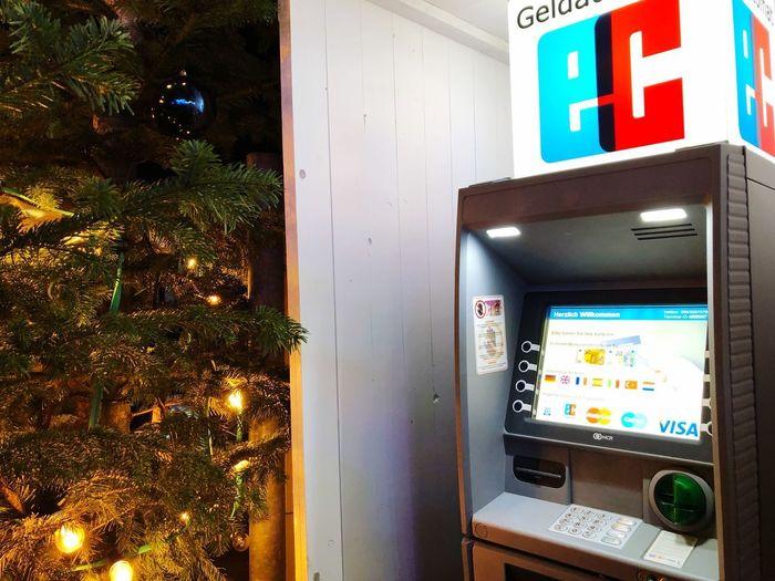 Fotobox Communication Text Illuminated Tree Western Script No People Christmas