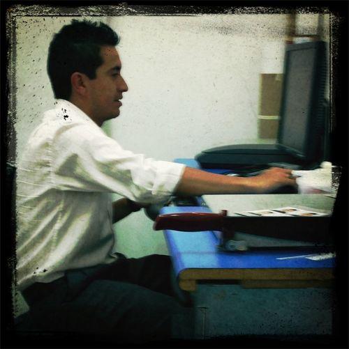 Mi jefe trabajando!!
