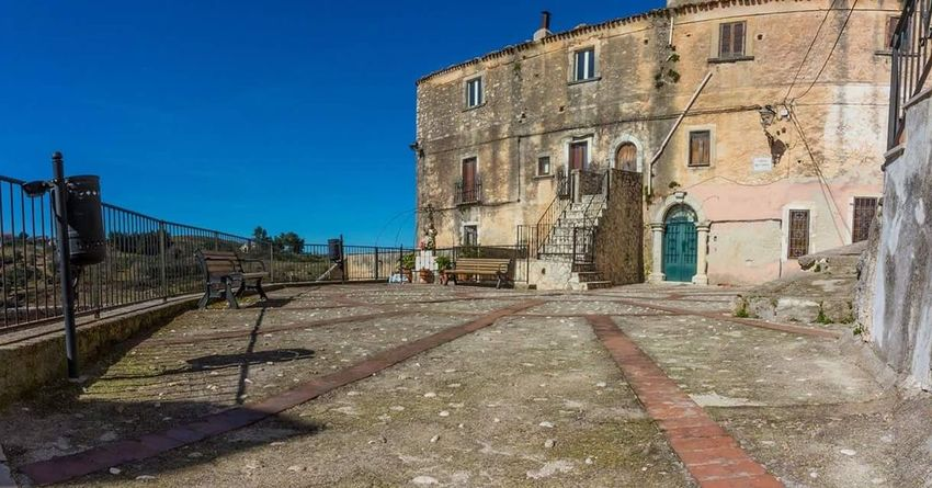 No People Built Structure Outdoors Architecture Building Exterior Clear Sky Sky Day History City Gargano Italy Gargano