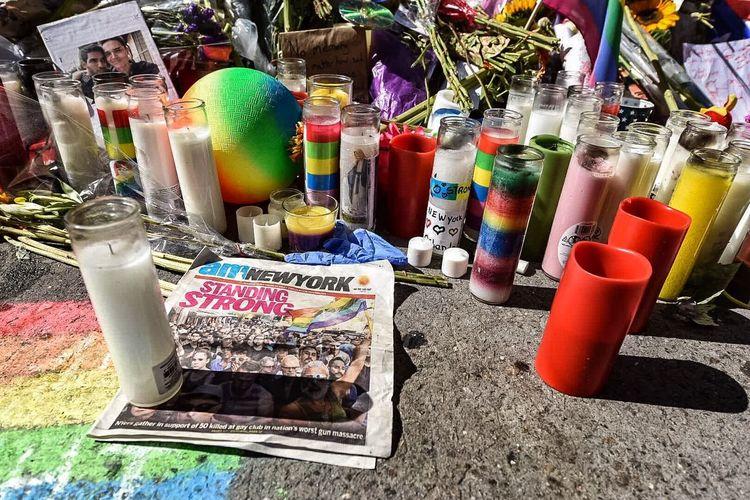 New York City Streetphotography Manhattan New York Orlando Shooting Stonewall Inn Memorial Orlando Strong Love Wins Love Conquers Hate Rainbow Lgbt Lgbtqia Loveislove United States