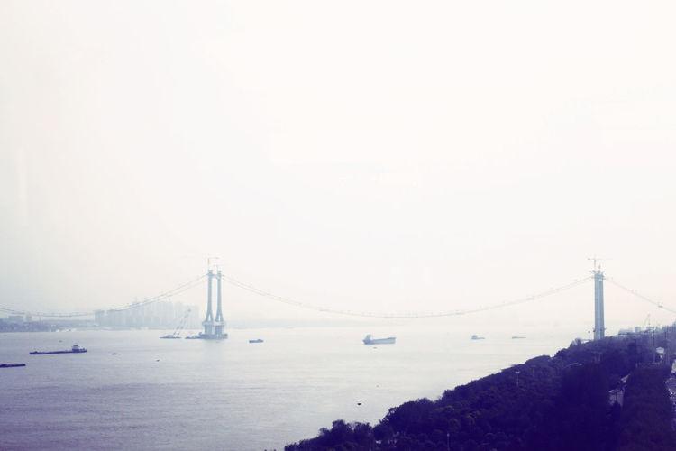 Monochrome Urban Geometry Silhouette 长江 大桥旁的桥2013