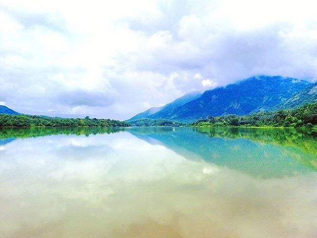 Nature at it's best!😍😍😍 Beautiful Place Amazing View Thodupuzha Kerala GodsOwnCountry India Awesome Scenery Love Travel Green Nature Mountains Hills River Blue Clear Sky White Riffle Club Good Day buddies memories throwback goodvibes wanderlust