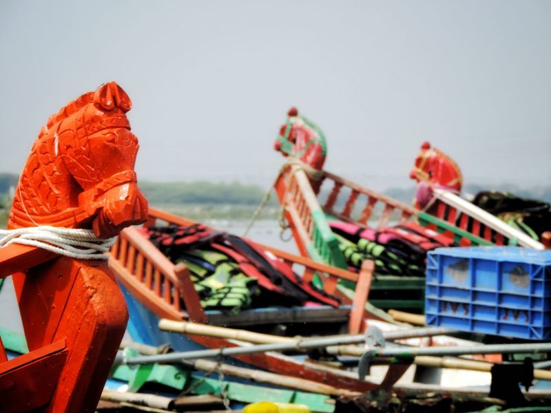 Boat Head Boat Head Boat Front Focus Red Color Nautical Vessel Colorful EyeEm Best Shots EyeEmNewHere EyeEm Gallery EyeEm Selects EyeEmBestPics No People Nofilter