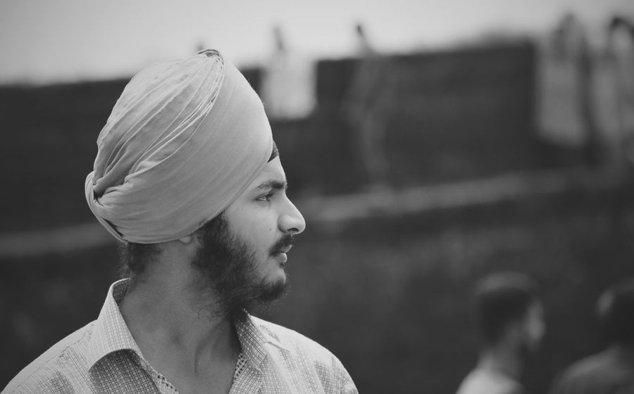 Real People Headshot Focus On Foreground Outdoors Close-up One Person Lifestyles Young Adult First Eyeem Photo Young Women Day People EyeEmNewHere EyeEm Best Shots EyeEm Best Shots - Black + White Turban Turbanstyle Turbans TurbanFashion  Turban King Punjabi Cool Personality