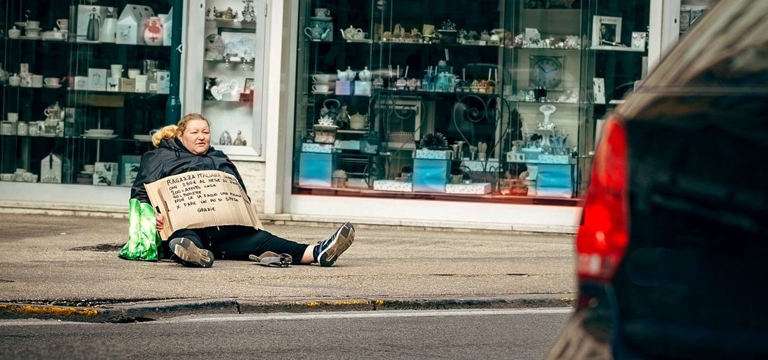 - WHAT'S GOING ON IN THE WORLD 2DAY? - Untold Stories Streetphotography Street Photography People Walking Around Splash Capitalism N \ VEA ★ CREME What We Revolt Against The Street Photographer - 2016 EyeEm Awards Stories From The City