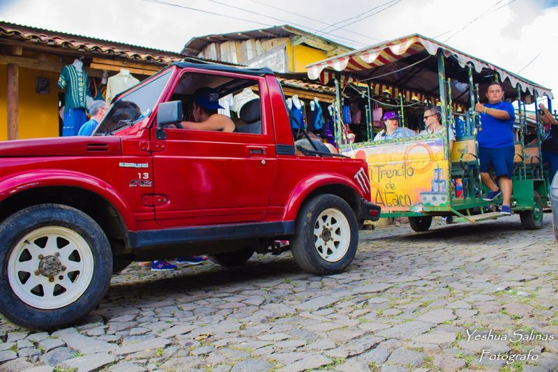Transportation Mode Of Transport Red Land Vehicle Tourism Ataco ElSalvador  Elsalvadorimpresionante PueblosVivos EyeEmNewHere Low Angle Shot Lowangleview