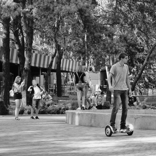 Casual Clothing Day Skateboard People Outdoors Tree City View  City Fountain Fun Fountain Of Youth Park Rest
