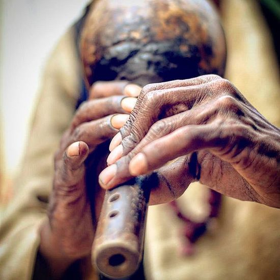 Toxic tune Photography India _soi Streetphotography Nikon D7200 Nikkor 50mm Iamnikon Iamshutterbug Iamexclusive