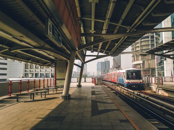 Train station in Hong Kong VSCO Bestoftheday Train - Vehicle Architecture Moodygrams Illkillers Transportation Travel Mode Of Transport City Railroad Station Public Transportation Railroad Station Platform Day Indoors  No People