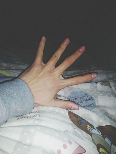 我的手,看起来怎么样,哈哈 Enjoying Life