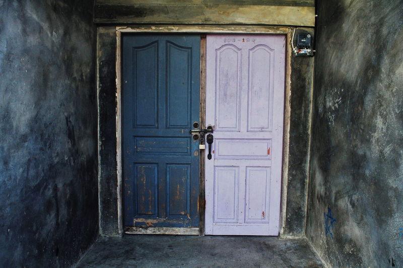 The Door EyeEm Selects EyeEmBestPics EyEmNewHere Doorway Wood - Material Door Closed Entrance Close-up Architecture Building Exterior Built Structure Weathered Open Door Closed Door Front Door