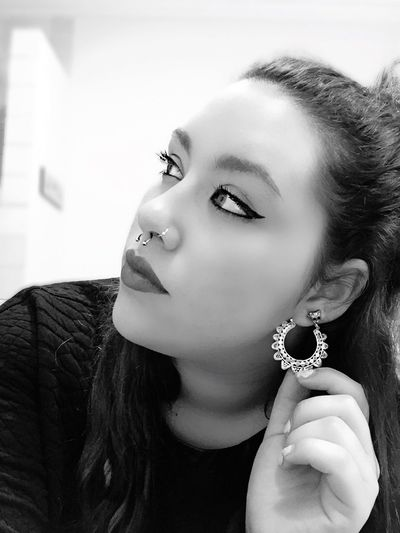 Sexy Girl Eye Make Up Septum Peircing Indian Style Beautiful That's Me Potography Girl Piercing Darkness And Light