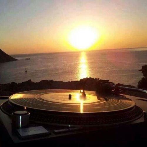 Espaço DJ Brasil. I love you