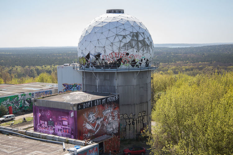 Berlin Graffiti Spionage Coldwar Mountain No People Spion Teufelsberg