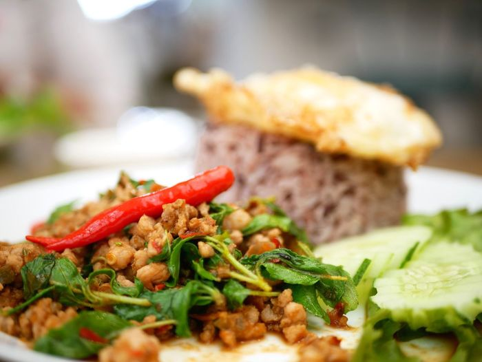 Food And Drink Food Ready-to-eat Freshness Plate Close-up Indoors  Healthy Eating Selective Focus Indulgence Fried Meat Wellbeing Serving Size Focus On Foreground No People Vegetable Still Life Meal