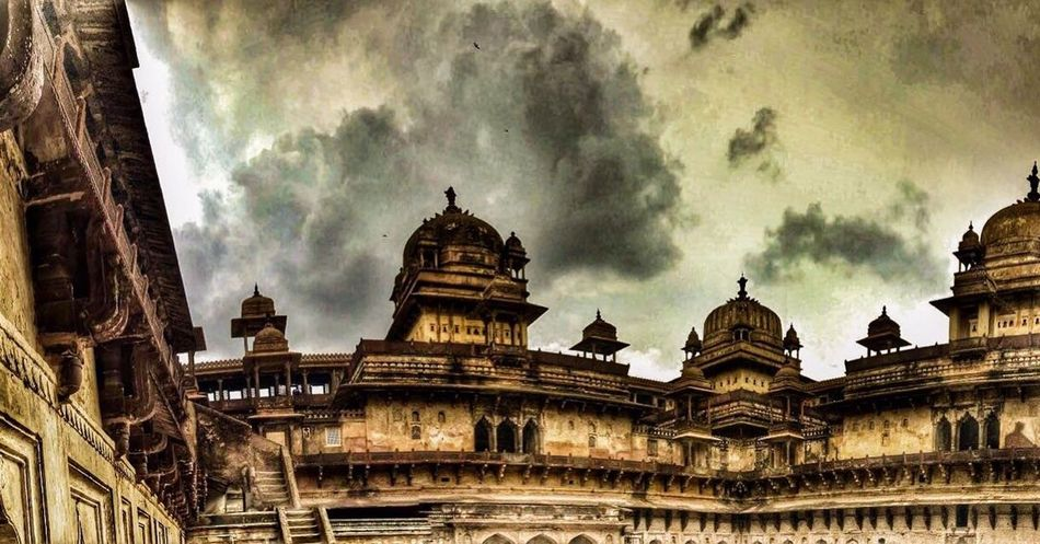 The leftover heritage Orchha Heritage India Palace Fort The Traveler - 2018 EyeEm Awards