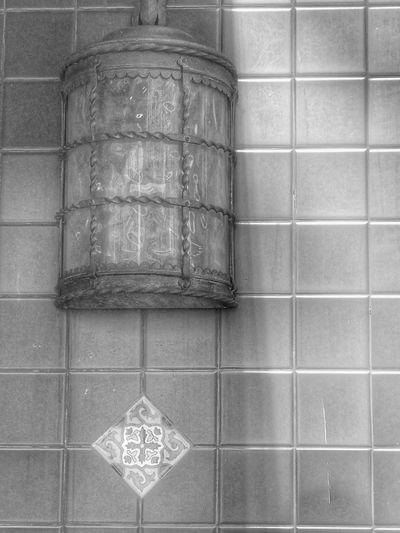 Street Lamp Orlando Light Stretlamp Street Light Tile Paper Textured  Pattern Close-up Architecture Built Structure Square Shape Shape Brushed Metal Mounted Mosaic
