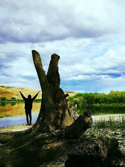 Humans and nature aren't so different. EyeEmNewHere Sky Cloud - Sky Nature Real People Beauty In Nature Outdoors Scenics Driftwood