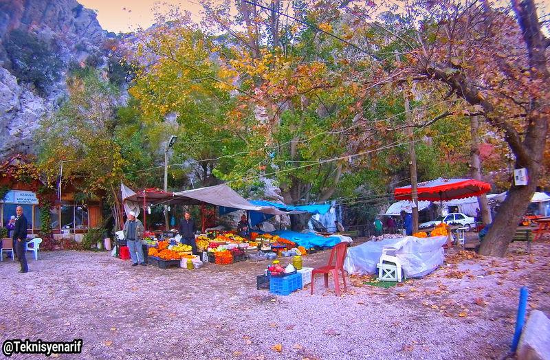 Aykırtça Finike Elmalı yolu üzerinde bulunan bir antik köy bol kaynak suyu Resteurantları ve seyyar Resteurantları ile görülmeye değer bir yer Aykırtça Finike Seyyarsatıcı Antik Kent Yol Road