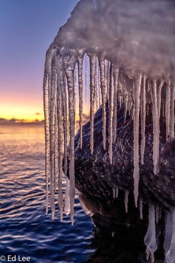 Hanging ice at-7F Two Harbors Lake Superior Sunrise_sunsets_aroundworld Streamzoofamily Wildlife & Nature Sunrise Minnesota Malephotographerofthemonth Sunset Sky Water Nature Beauty In Nature Ice No People Icicle Winter Cold Temperature Scenics - Nature Outdoors Frozen