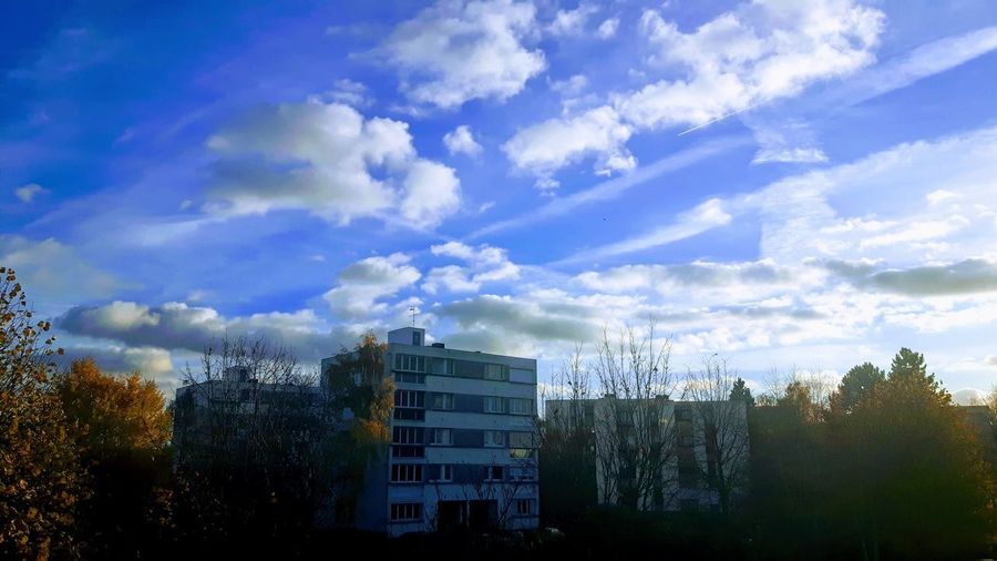 Missing Blue Sky 2 Weeks Ago Blue Sky White Clouds Autumn Colors Eye4photography  EyeEm Gallery