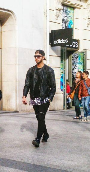 Champs Elysees Paris, Street Fashion Streetstyle Champselysées Avenue Des Champs Elysees ChampsElyseesParis Street Fashion Paris, France  Parisstreetfashion Paris