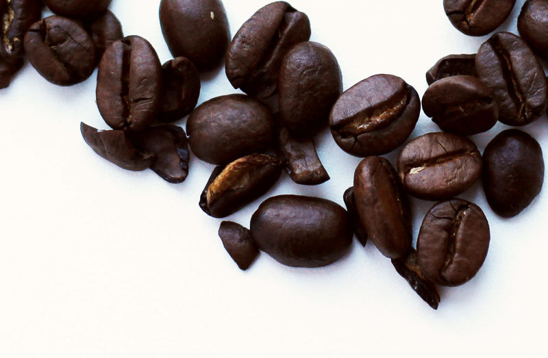 Coffee beans Arabic Coffee Brown Close-up Coffee Coffee Break Coffee Time Coffee ☕ Coffeebean Coffeebeans Food Food And Drink Freshness Healthy Eating Macro Macro Photography No People Still Life White Background
