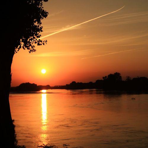 EyeEm Sunset Sunsets Sunset #sun #clouds #skylovers #sky #nature #beautifulinnature #naturalbeauty #photography #landscape EyeEm Best Shots EyeEm Best Edits EyeEm Nature Lover EyeEm Best Shots - Black + White Eyeemphotography