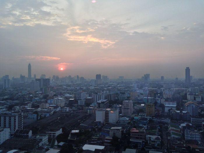 Evening Sun Down Bangkok Evening Bangkok Sky Lin Evening Sun Sky Horizon Sun Down Thailand