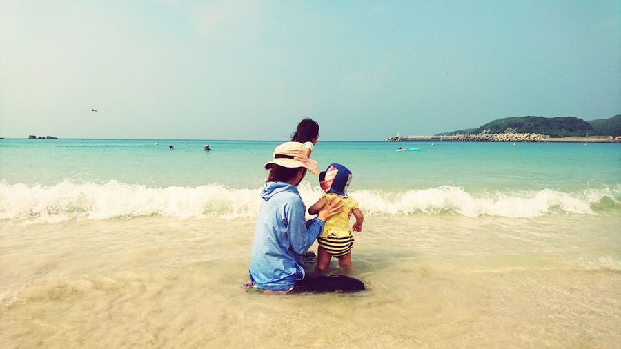 Beach Sand Sea Two People Love Full Length Heterosexual Couple Togetherness Couple - Relationship Adult Vacations Nature Water's Edge People Day Men Horizon Over Water Water Relaxation Young Women tanegashima kagoshima Japan