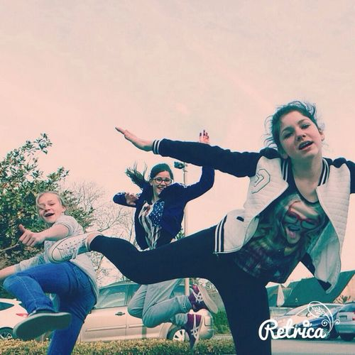 Jump Le Ridicule Ne Tue Pas ! O:) Friends