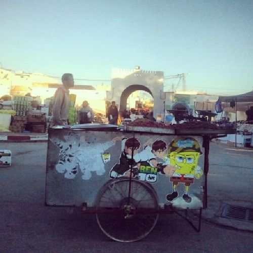 Cacahuete Bonbons Spongebob Ben10 BD Brouette Souk Market Douz Tunisie Tunisia