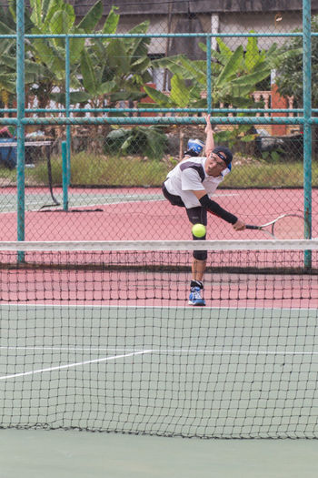 Sport In The City hit'em down Sports EyeM_Malaysia Canon700D Tamron70_300mm HariSukanNegara Penang Playing Tennis Sports Photography