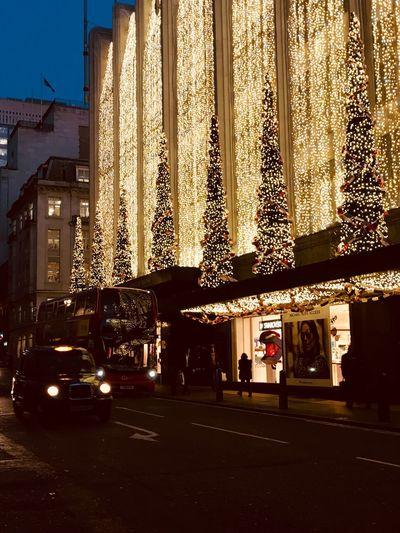 Architecture Building Exterior Built Structure City Christmas Decoration Bus Taxi EyeEm Best Shots Eye Em Around The World London