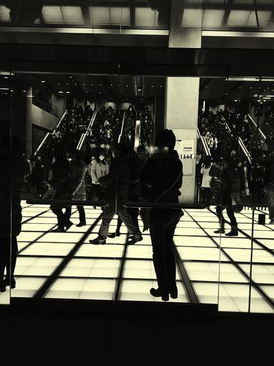 That's Me Enjoying Life EyeEmBestPics EyeEmbestshots Light And Shadow Tokyo 国際 Night Photography EyeEm Best Shots 国際フォーラム 国際フォーラム 東京国際フォーラム